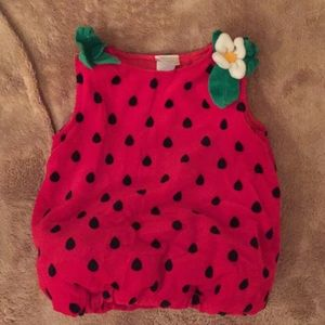 Baby strawberry costume 6-9 months